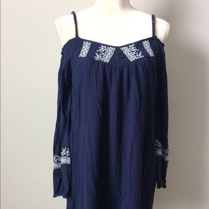 Band of Gypsies cold shoulder tunic top
